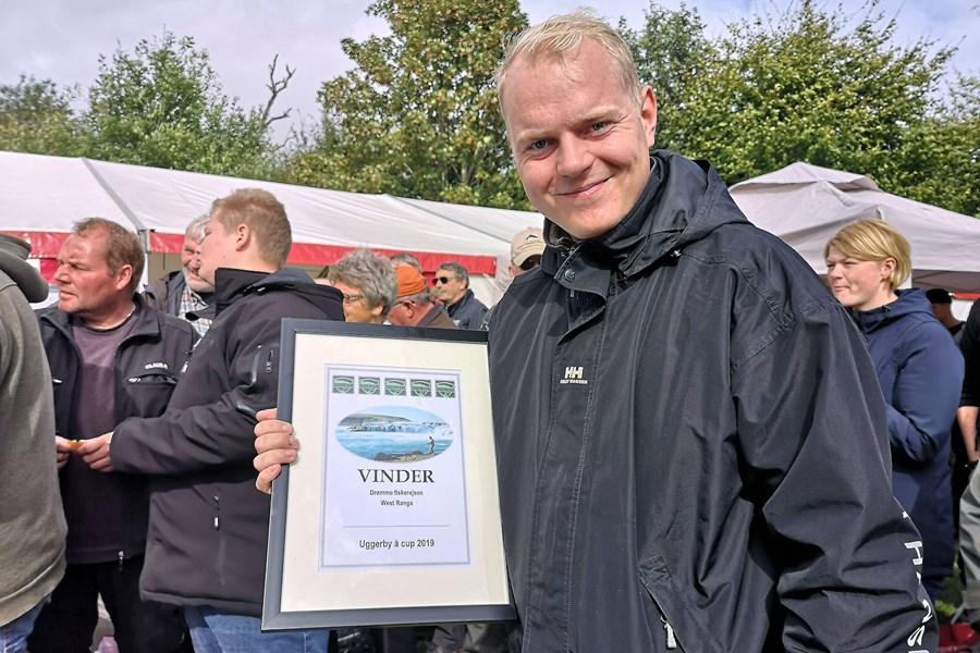 Peter Elimar Vinder Tur Til Island Kopi